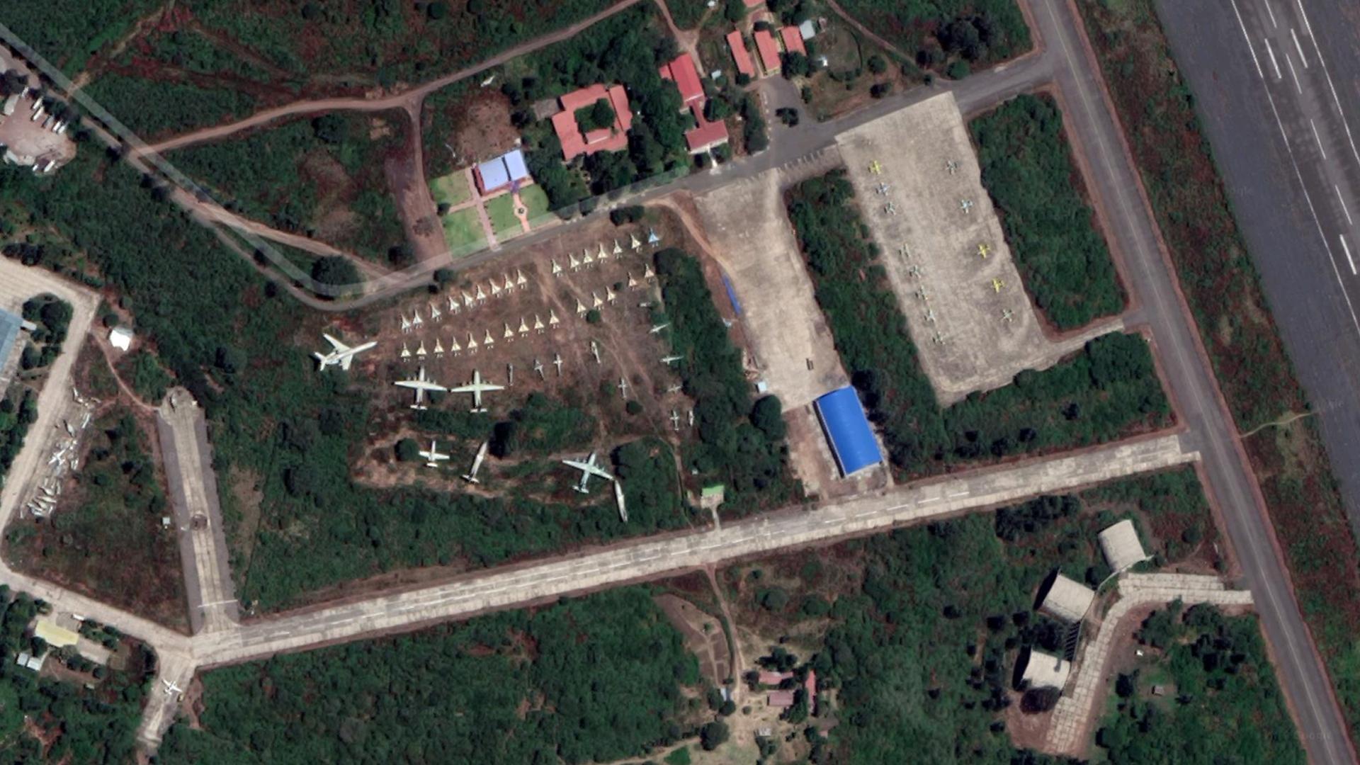 7. HAHM_Airbase_1.jpg